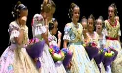 rostros de emoción en  Corte de honor y candidatas a Fallera Mayor Infantil de Valencia fallas (25)