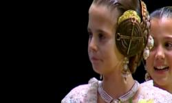 rostros de emoción en  Corte de honor y candidatas a Fallera Mayor Infantil de Valencia fallas (30)