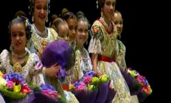 rostros de emoción en  Corte de honor y candidatas a Fallera Mayor Infantil de Valencia fallas (40)