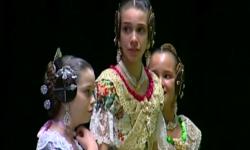 rostros de emoción en  Corte de honor y candidatas a Fallera Mayor Infantil de Valencia fallas (9)