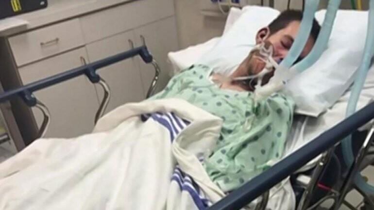 Evan Spahlinger, de 21 años, en coma inducido