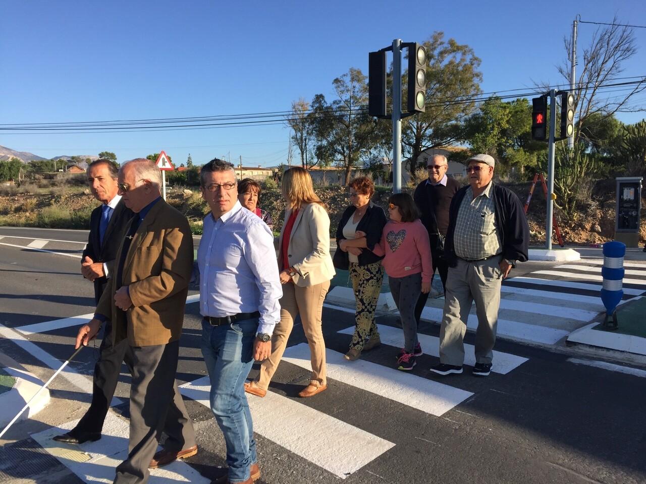 0101515 inauguracion semaforo Alcoraya