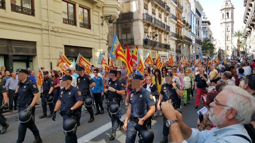 9 octubre procesion civica valencia senyera 20151009_125334 (1) (Small)