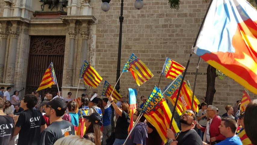 9 octubre procesion civica valencia senyera 20151009_125334 (22) (Small)