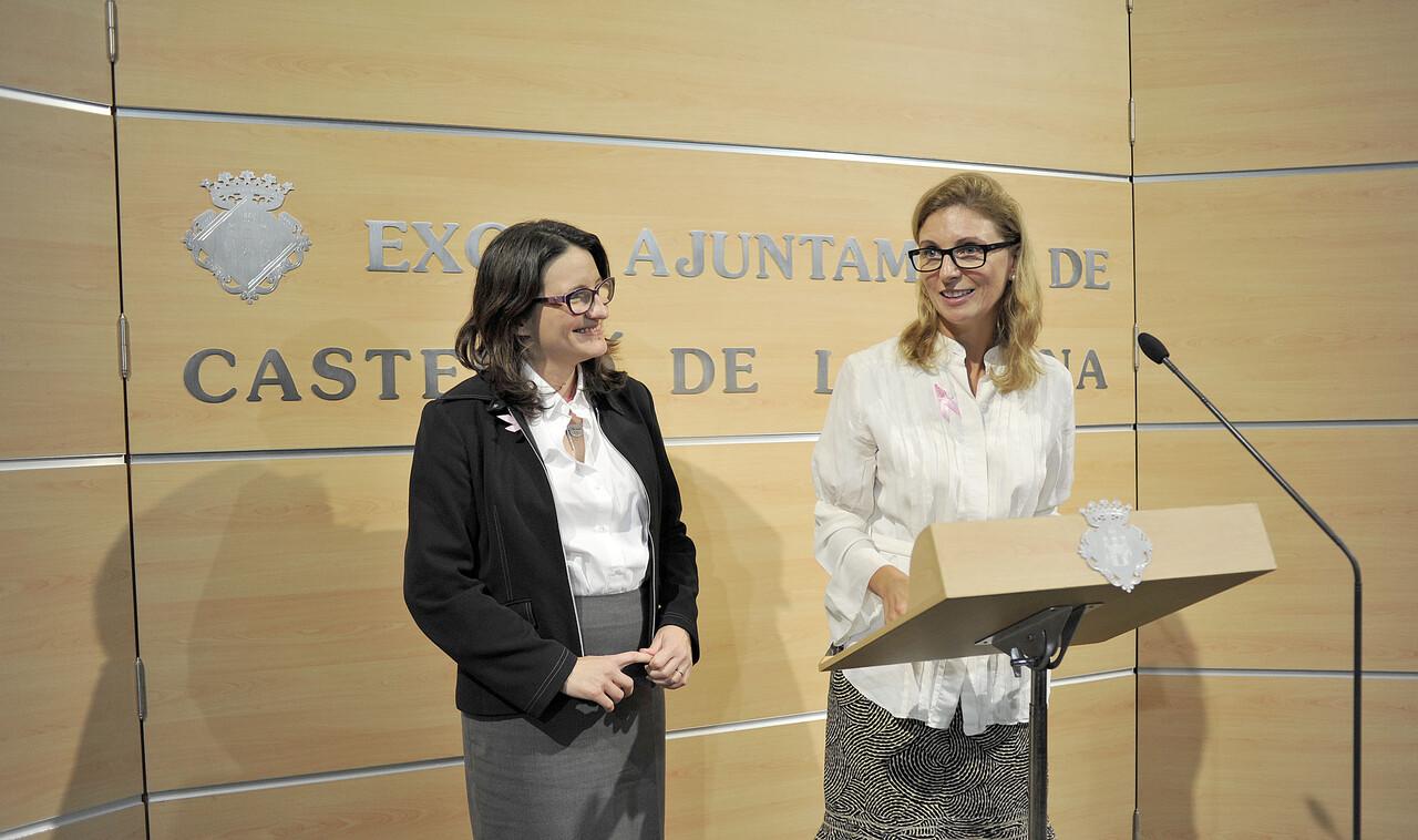Visita de la vicepresidenta de la Generalitat Valenciana Monica Oltra a la Alcaldesa de Castellon Amparo Marco.