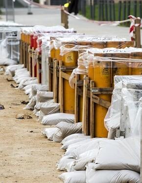 Carcasa para los fuegos de artificio para el 9 d'Octubre (Foto-Abulaila)