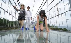 China y su terrorífico puente de cristal   ¡Ay ojón