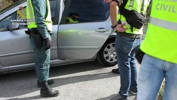Doce detenidos tras la incautación de 87 kilos de marihuana en Godelleta, Chiva y Turís guardia civil (1)