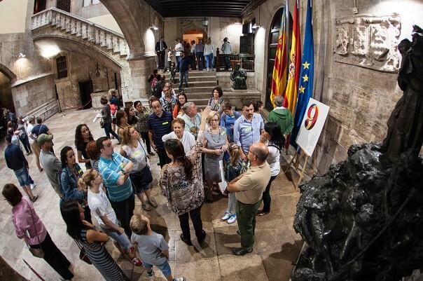 El Palau de la Generalitat registra más de 18.000 visitas durante el fin de semana.