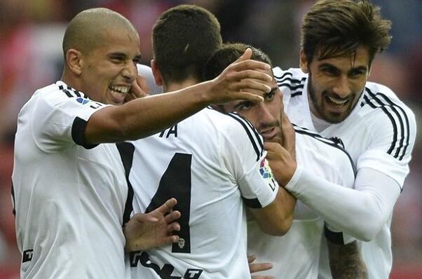 El Valencia CF llega a un acuerdo de colaboración con Dentsu Sports Asia.