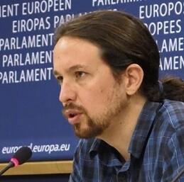 El eurodiputado de Podemos, Pablo Iglesias, reclama a la Comisión que aclare si ha habido contactos entre el Gobierno del PP y dicha institución