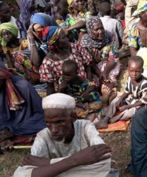 Entre los rehenes figuran 192 menores, 138 mujeres y 8 hombres.