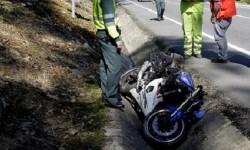 Fallece un hombre tras salirse de la vía el ciclomotor que conducía en Almenara.