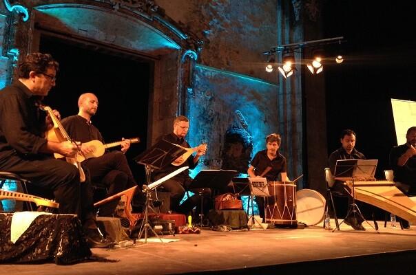 Fundación Bancaja ofrece un concierto gratuito de Capella de Ministrers con motivo del 9 d'octubre.