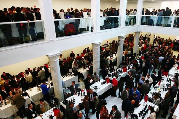 Guía Peñín organiza el XVI Salón de los Mejores de España con 11 vinos valencianos seleccionados.