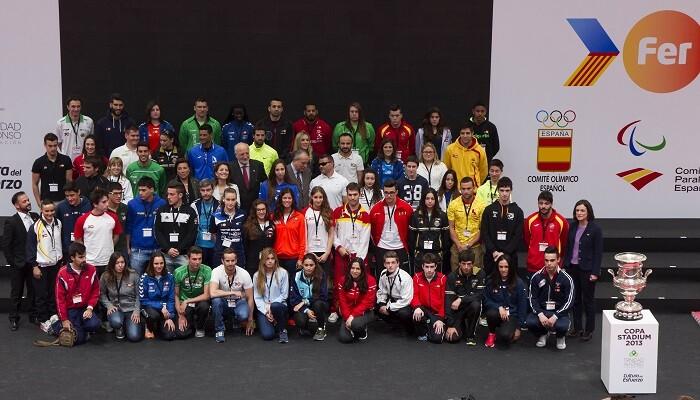 Impulsado por Juan Roig, el Proyecto FER arrancó en 2013 incorporando a un total de 17 deportistas y tres clubes valencianos.