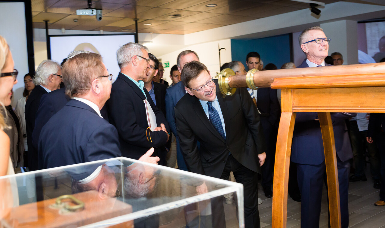 Inauguración oficial de la exposición hechos de agua, 125 aniversario de aguas de Valencia (3)