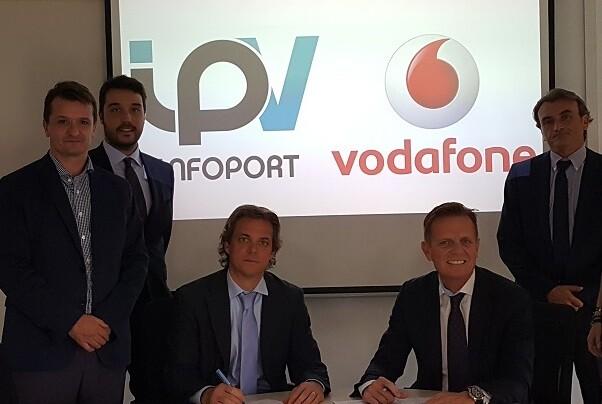 Inforport amplía su alianza con Vodafone.