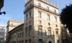 La Generalitat abre las puertas de nueve palacios del centro de Valencia.