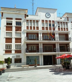 La denuncia la realizaron, a título personal, cuatro ex concejales del PSOE del Ayuntamiento de Chiva en 2012.