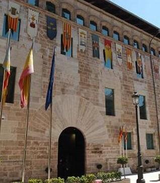 Las instalaciones de les Corts Valencianes están siempre abiertas a la ciudadanía.