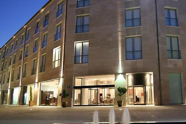 Las pernoctaciones hoteleras en la Comunitat suben un 3,9 por ciento en septiembre.