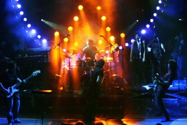 Los Pink Tones traen el sonido de Pink Floyd en un concierto benéfico.