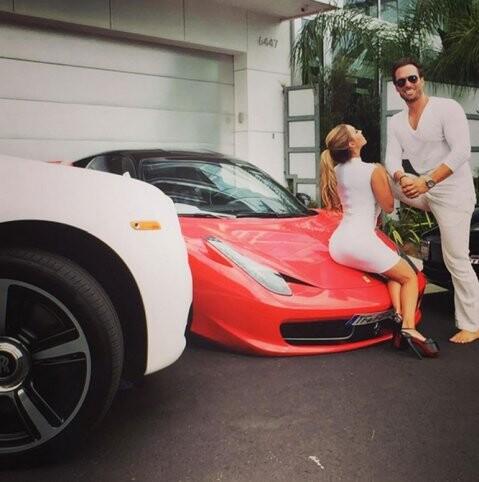Los Yotta, el matrimonio más incorrecto y sensual en Beverly Hills (1)