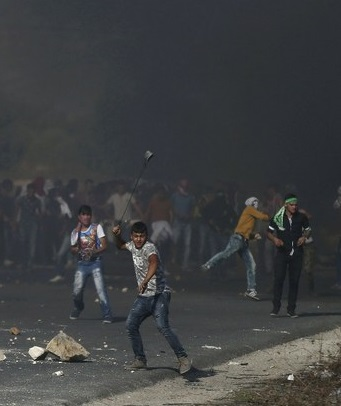 Netanyahu también habilitó la revocación de los derechos de residencia de palestinos sospechosos de haber cometido actos de 'terrorismo'.