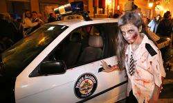 Paula Gallego de Zombie Policía en la Warner Bros