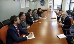 GRA318. NUEVA YORK (EE.UU.), 27/10/2015.- El presidente de la Generalitat Ximo Puig (3i), durante la reunión mantenida con Magdy Martínez-Solimán, representante del Plan de Naciones Unidas para el Desarrollo (d), hoy en Nueva York (EE.UU.). EFE/KENA BETANCUR
