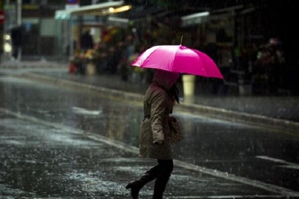 Protección Civil y Emergencias alerta por lluvias fuertes en Alicante y Valencia.