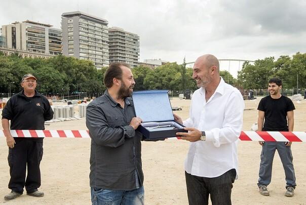 Rius entrega placa a José Gallart(Foto-Abulaila).