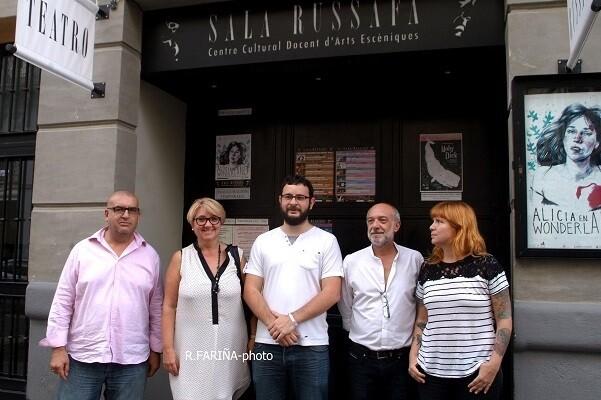 Sala Russafa inicia su V temporada con una función benéfica en favor del colectivo 'València Ciutat Refugi'.