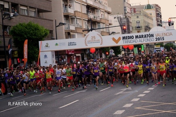 Salida del Medio Maratón Valencia Trinidad Alfonso 2015