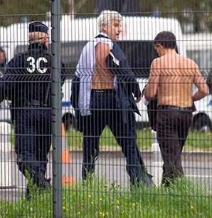 Varias decenas de trabajadores agredieron a varios directivos de Air France.