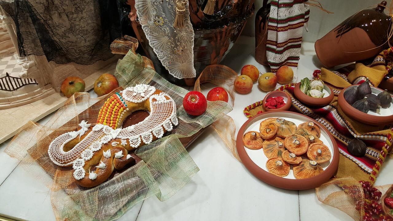 elaboración del tradicional mazapán en La Rosa de Jericó (1)