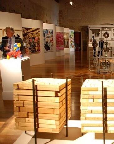 'Ciutat Vella Oberta', es un festival bienal de arte multidisciplinar en Valencia.