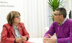 1.- Conxa García con alcalde de Monserrat foto_Abulaila (1)