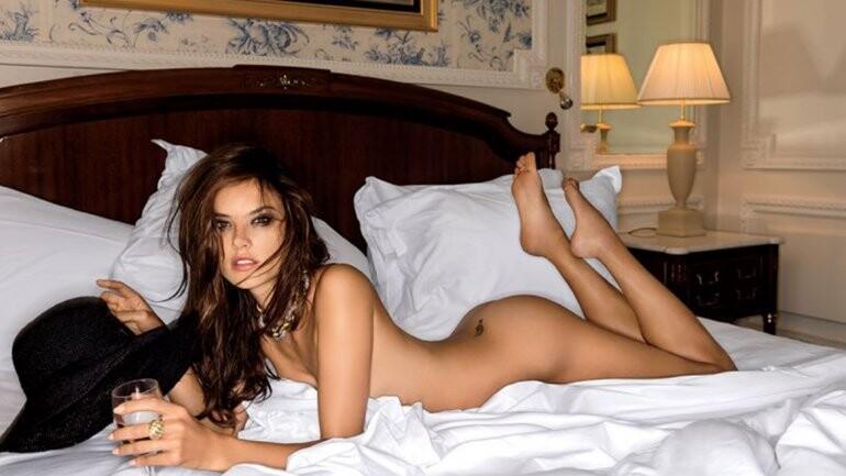 Alessandra Ambrosio posó desnuda para la revista Maxim (5)