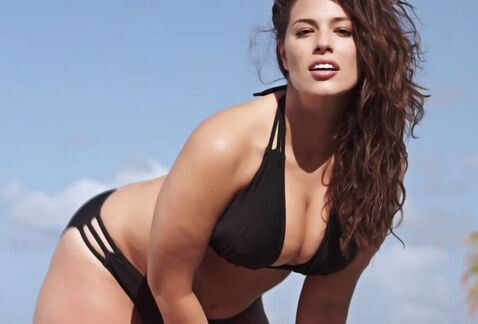 Ashley_Graham-Modelo_XL_bikini-Sport-s_Illustrated_2015_swimsuits_MILIMA20150205_0202_8