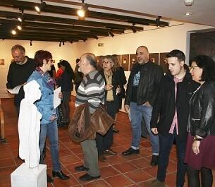 Como previa de la entrega de premios se inauguró la exposición 'enKlave de premios'.