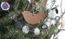 Crea en tu casa una decoración navideña reciclada (12)