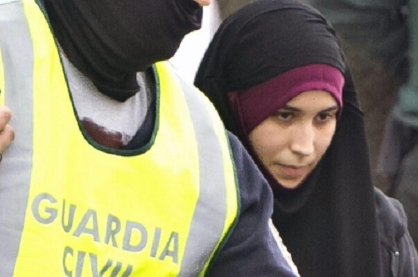 Detienen en el aeropuerto de Málaga a una mujer por su presunta vinculación con DAESH.