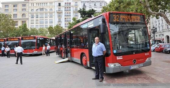 El Dispositivo Especial de la Empresa Municipal de Transporte de Valencia ha programado importantes refuerzos en 7 de sus líneas.