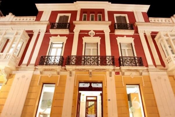 El Instituto Juan Gil-Albert de Alicante inicia programa de nuevas actividades.