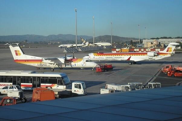 El aeropuerto de Valencia sube su tráfico un 9,3 por ciento en octubre respecto a 2014.