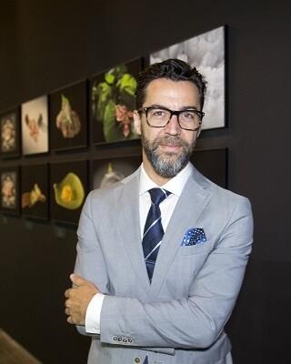 El chef, de origen extremeño y valenciano de adopción tiene en su poder tres estrelas Michelin. (Foto-Raquel Abulaila).