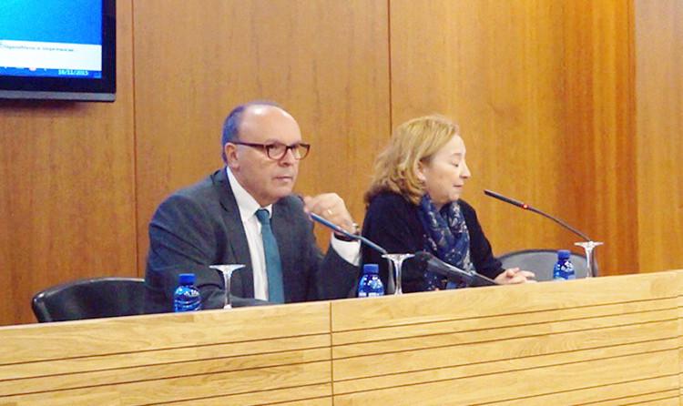 El diputado Pepe Ruíz y la jefa del Servicio de Formación Eva NAvarrete