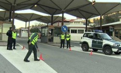 El terrorista Salah Abdeslam podría haber huido a España en coche.